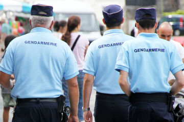 Image Gendarme Adjoint Volontaire